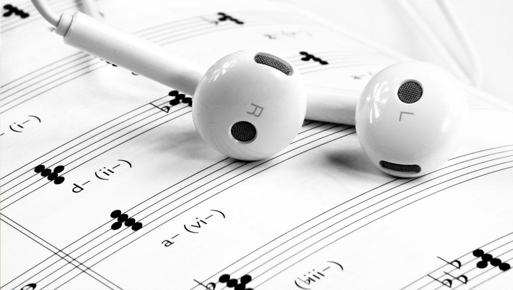 Mejora tu concentración con música y feng shui